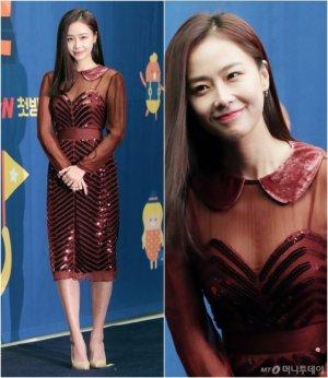 홍수현, 와인빛 시스루 원피스 패션…