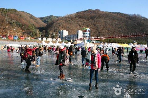 지난 화천산천어축제 이미지/사진제공=한국관광공사