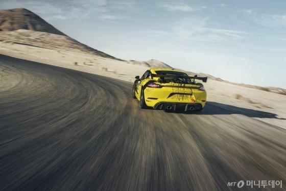 '718 카이맨 GT4 클럽스포츠'/사진제공=포르쉐코리아