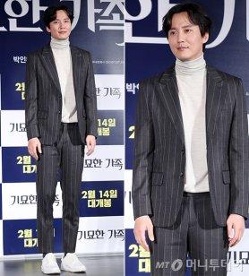 """김남길, 멋스러운 핀 스트라이프 슈트…""""포근한 매력"""""""