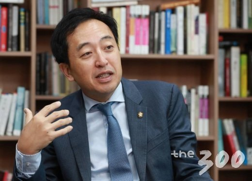 2018.11.22 금태섭 의원 법률대상 인터뷰/사진=이동훈 기자