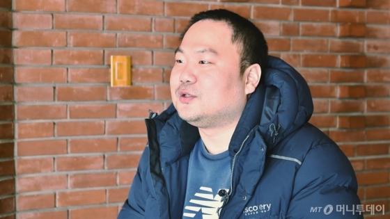 지난달 21일 서울 종로구 대학로 아르코예술극장에서 김승국씨(37)를 만났다. /사진=김소영 기자