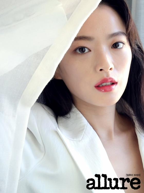 배우 천우희/사진제공=얼루어 코리아