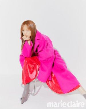 이나영, 패션 화보…