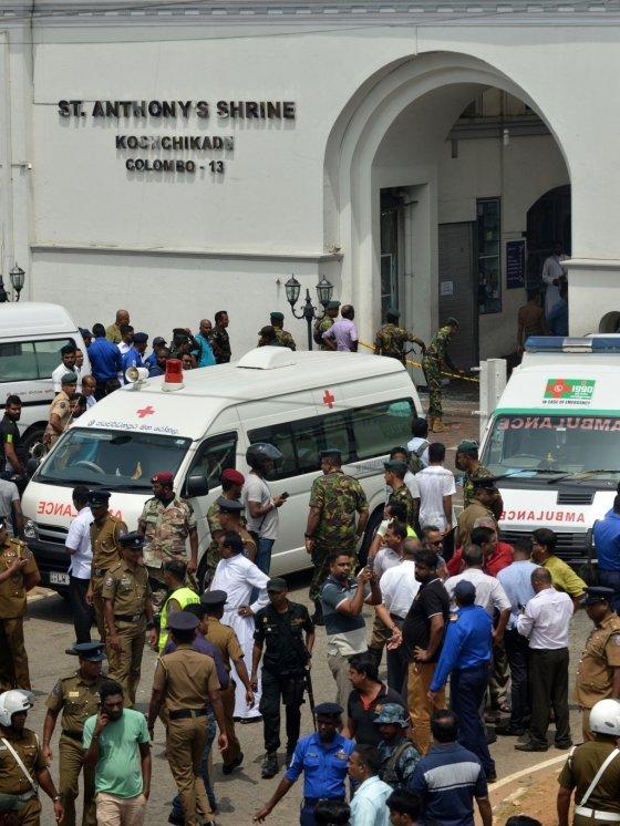 스리랑카 콜롬보 인근 7·8번째 폭발… 다수 사망 - 머니투데이 뉴스