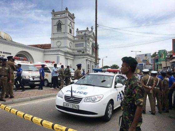 """스리랑카 군당국 """"사망자 190명 이상""""…용의자 7명 체포 - 머니투데이 뉴스"""