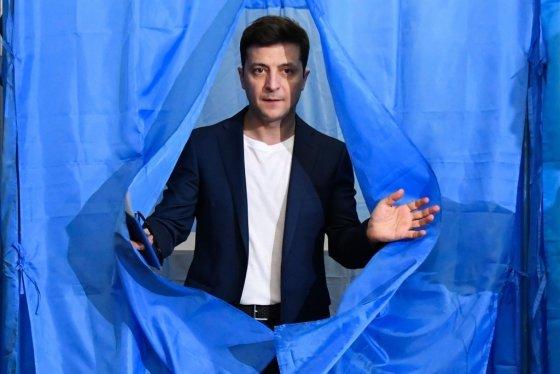 설마가 현실로…우크라이나 대선 '코미디언'이 이겼다 - 머니투데이 뉴스