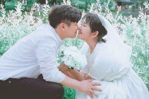 최진실 딸 최준희, 부모님 결혼사진 본뜬 '셀프웨딩' 사진 화제