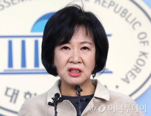 목포 부동산 투기의혹을 받고있는 더불어민주당 손혜원 의원이 지난1월20일 오전 서울 여의도 국회에서 기자회견을 갖고 있다. / 사진=홍봉진 기자 honggga@