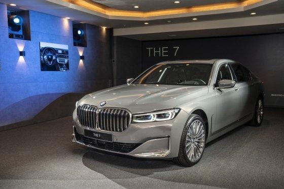 """""""풀체인지급 변화"""" BMW 플래그십 세단 '뉴 7시리즈' 국내 출시 - 머니투데이 뉴스"""