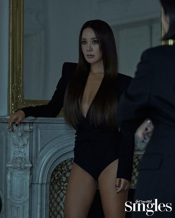 가수 겸 배우 엄정화/사진제공=싱글즈