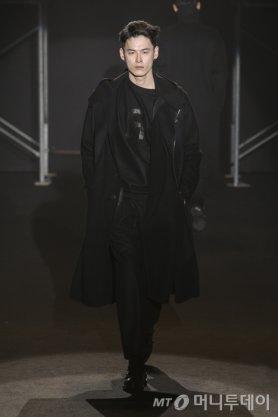 로리엣(ROLIAT), 2014 F/W 서울패션위크