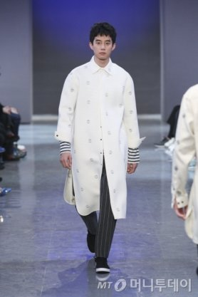 Sewing boundaries, 2015 F/W 서울패션위크