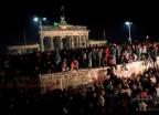 27년 전 오늘…'베를린 장벽' 운명처럼 붕괴되다