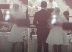 성당 결혼식서 '미니 드레스' 입은 김태희…누리꾼 반응은?