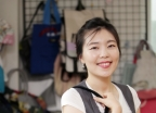 대선 현수막 어디갔나 했더니…'문재인 가방' 메실래요?