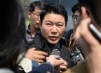 """신동욱 """"김진태 벌금형은 태극기가 인공기로 바뀐 꼴"""""""