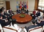 한민구 국방부 장관, 맥 손베리 미국 하원 군사위원장 접견