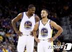 NBA 개막…커리의 '골든스테이트 워리어스' 2연패 도전