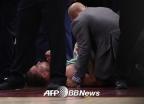 고든 헤이워드, 셀틱스 데뷔전에서 부상…다리 꺾인 채 떨어져