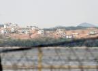 DMZ서 북한가려 철조망 넘던 50대 미국인 붙잡혀