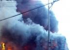 부산 스펀지 공장 화재…인명피해 없어