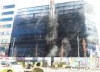 인천 루원시티 신축 상가 공사장 불…1명 사망·20명 부상
