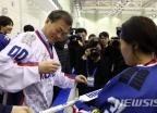 남북 단일팀 합의…청와대 게시판에 반대 청원 급증
