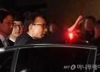 """돌직구 vs 변화구로 날린 MB측의 """"정치보복"""" 외침"""