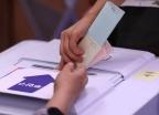 """""""투표 용지에 QR 코드 찍혀있다""""… 전국 투표소 소동 잇따라"""