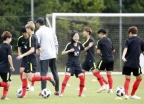 한국 여자축구, 인도네시아에 5대0 앞서 전반전 마쳐