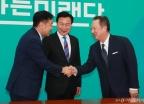 바른미래당 예방한 박용만 회장