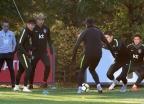 오늘(12일) 저녁 한국 축구, 강호 우루과이와 맞붙는다