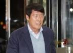 [사진]방북단 모임 향하는 차범근