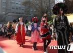 외국인학생 전통의상 패션쇼