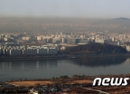 서울 하늘의 미세먼지 띠