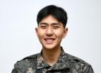 """""""軍입대 후 반년 공부"""" 수능만점 공군 취사병, 비결은?"""