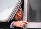 자유한국당 의원에 감금된 채이배 의원