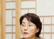 부부가 '문화재' 한 길…김연수 국립고궁박물관장