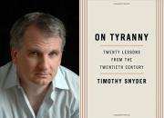 """""""트럼프에게서 히틀러를 본다""""…트럼프 위험성 고발한 책 인기"""