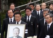 故 구본무 회장 49재…화담숲 인근서 유가족들과 '조용히'