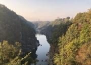 [이호준의 길위의편지]한탄강의 은밀한 가을