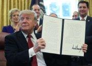 """""""화웨이 쓰지말라"""" 트럼프, 전세계에 선포한다"""