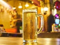 [SOS노동법] 거래처와 술 마시다 넘어졌는데…산업재해?