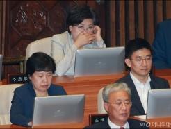 '금품수수 의혹' 이혜훈, 국회 개회식 참석