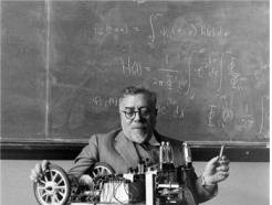 [홍성욱의 포스트휴먼 오디세이]1956년 생각하는 기계, AI 원조 등장하다