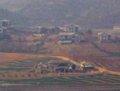 조용한 북한 개풍군 일대