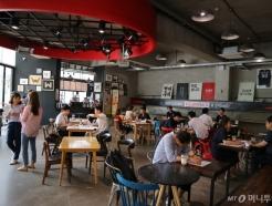 """[MT리포트]서울 카페,주점도 월정액 서비스...""""한달동안 맘껏 즐기세요'"""