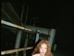 레드벨벳 슬기, 빈티지한 컨버스 화보…