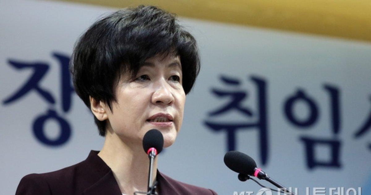 고용노동부-일자리委 미묘한 정책 주도권 다툼